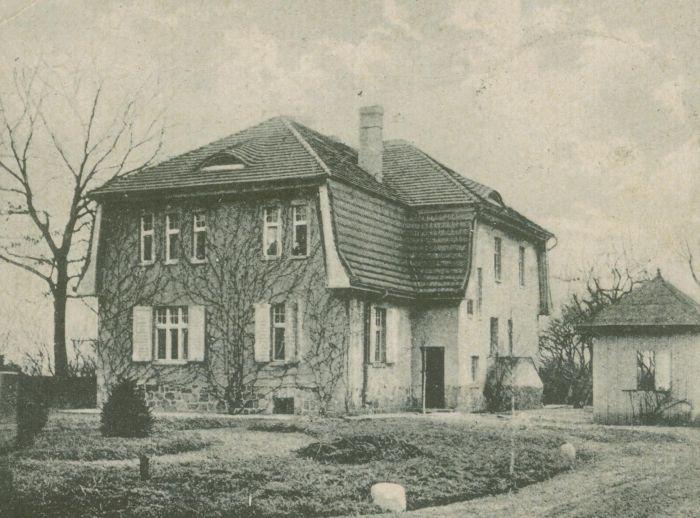 Buszow- dwor