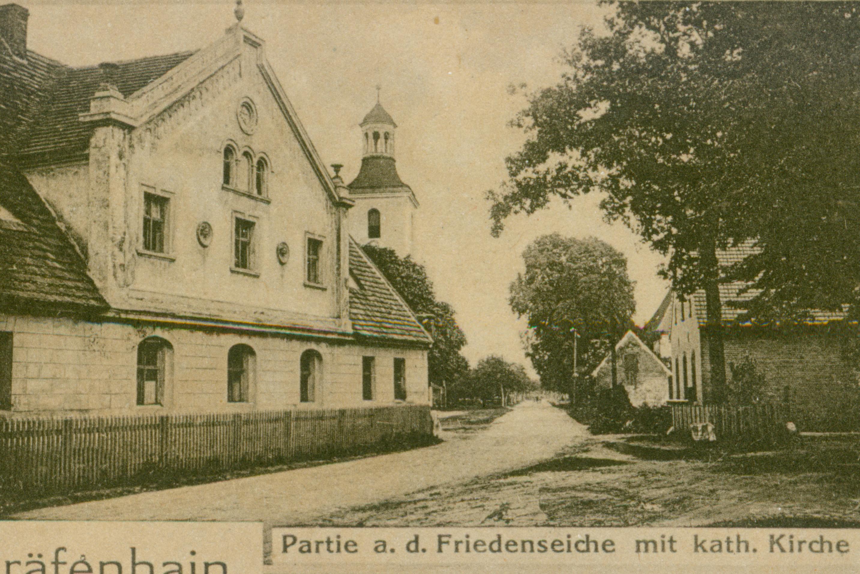 Grotów dwór i kościół