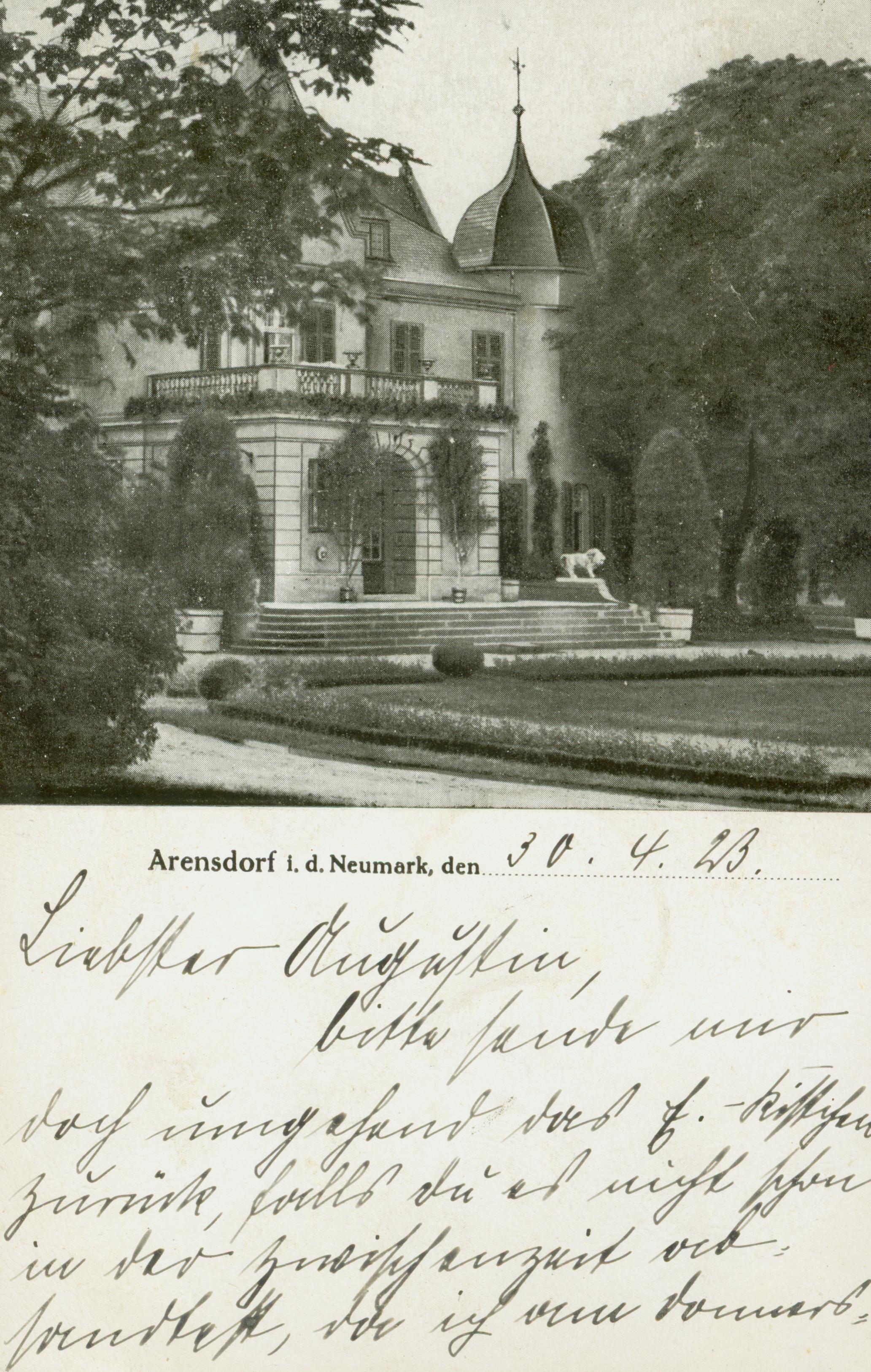 Jarnatów- fronton pałacu