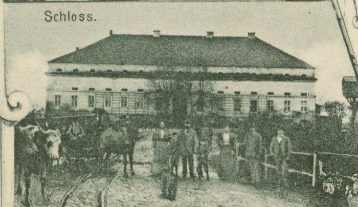 kolo-palac