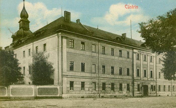 Kostrzyn- zamek front