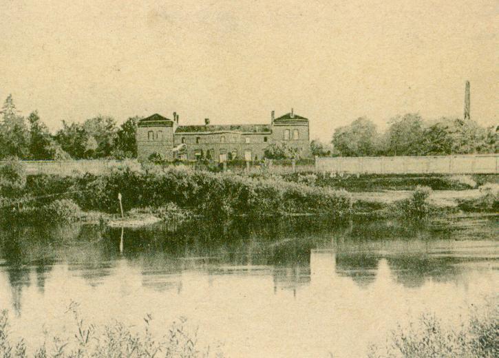 Krasne Dłusko-pałac