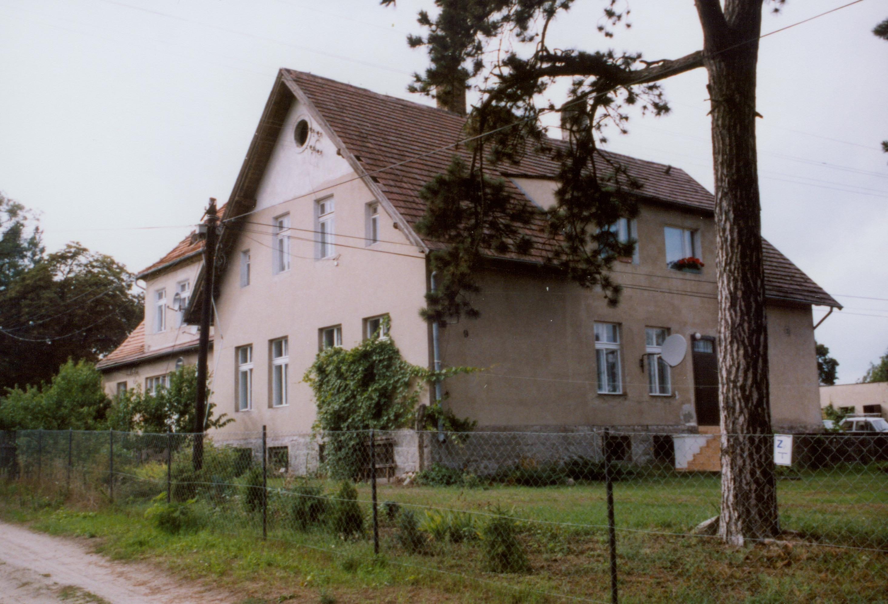 krobielewko-dwor002