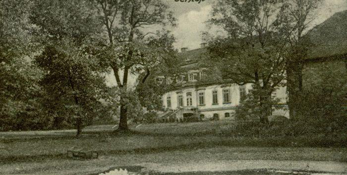 Lichen- palac od strony parku