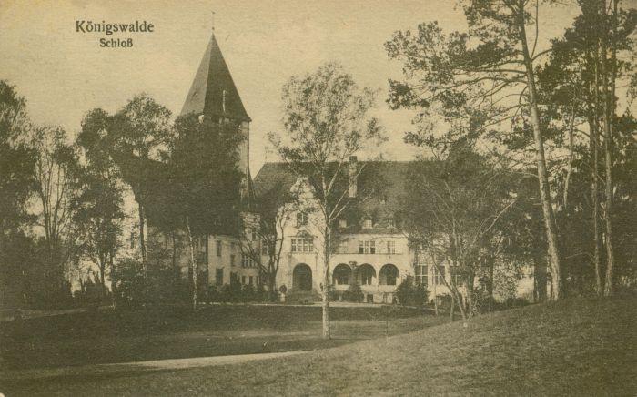 Lubniewice- zamek od podjazdu