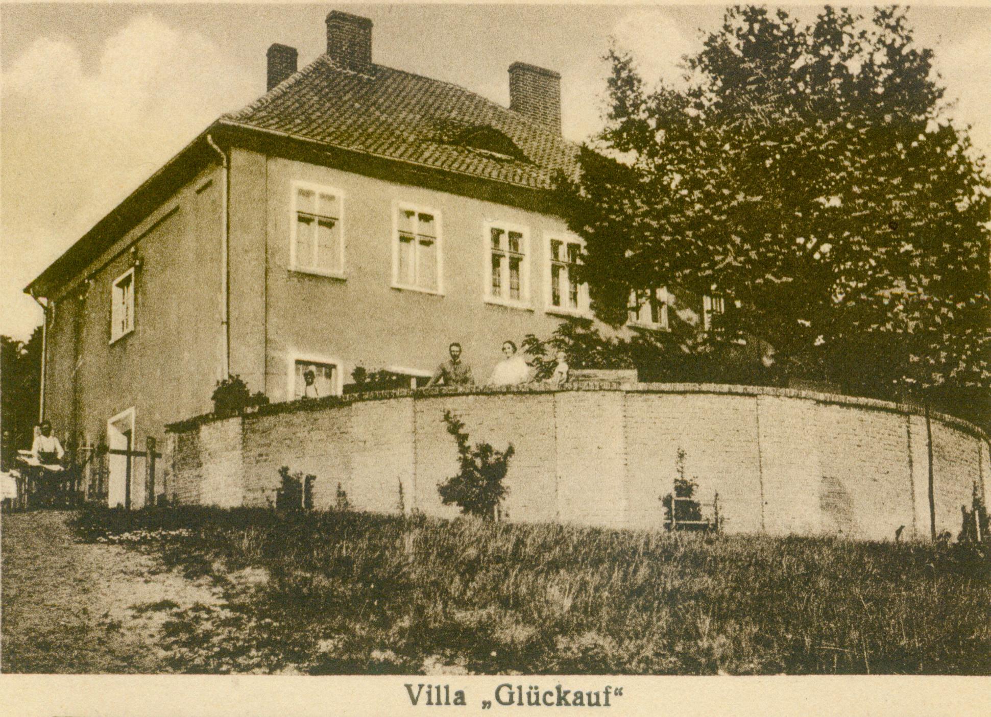 Lubrza willa