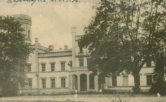 Mierzęcin- pałac od frontu