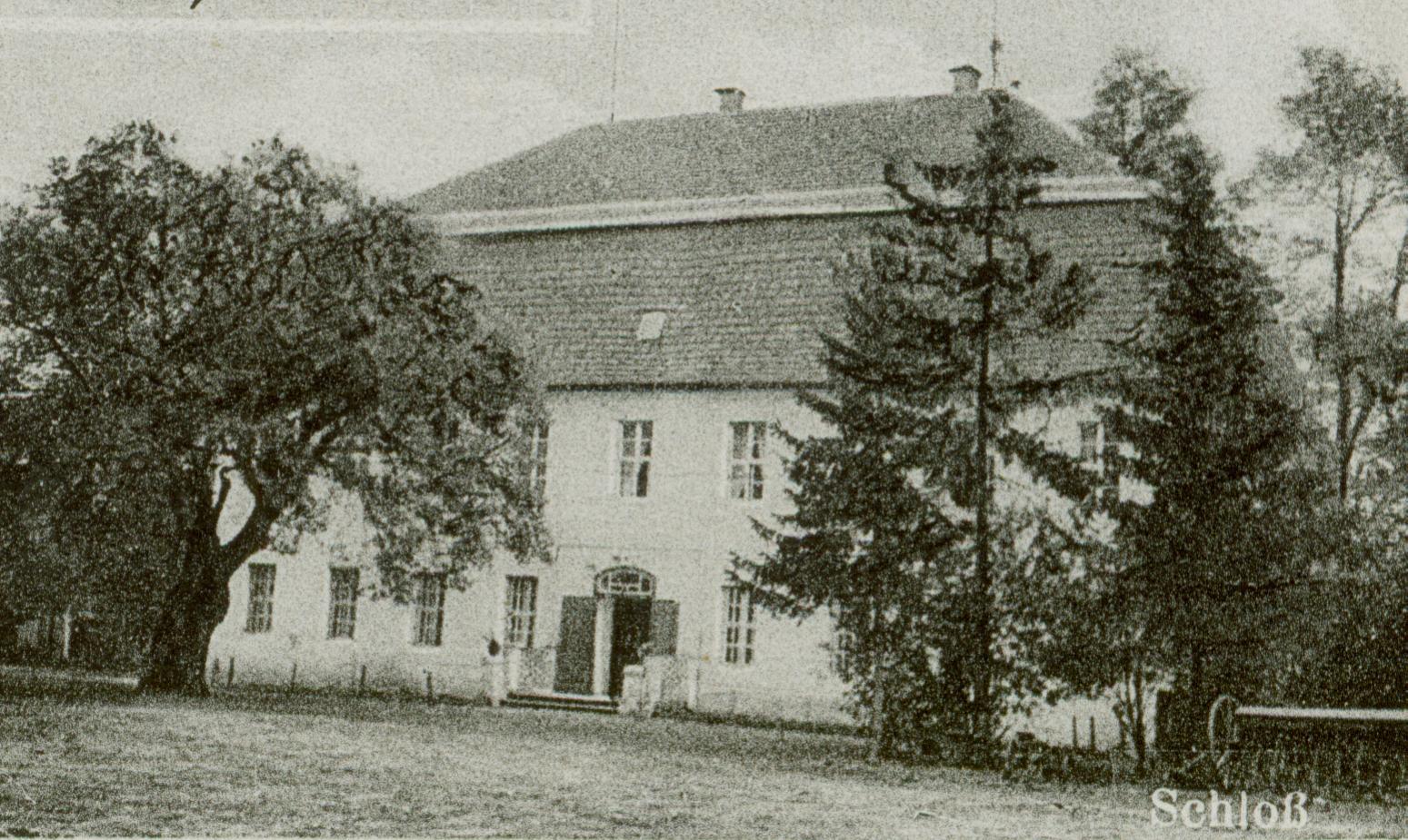 Nowa Rola- pałac
