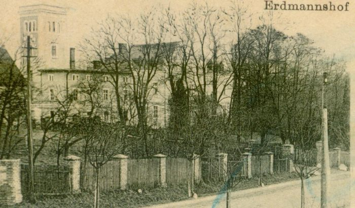 nowogrod-bobrz-palac-erdmannshof-widok-od-ulicy
