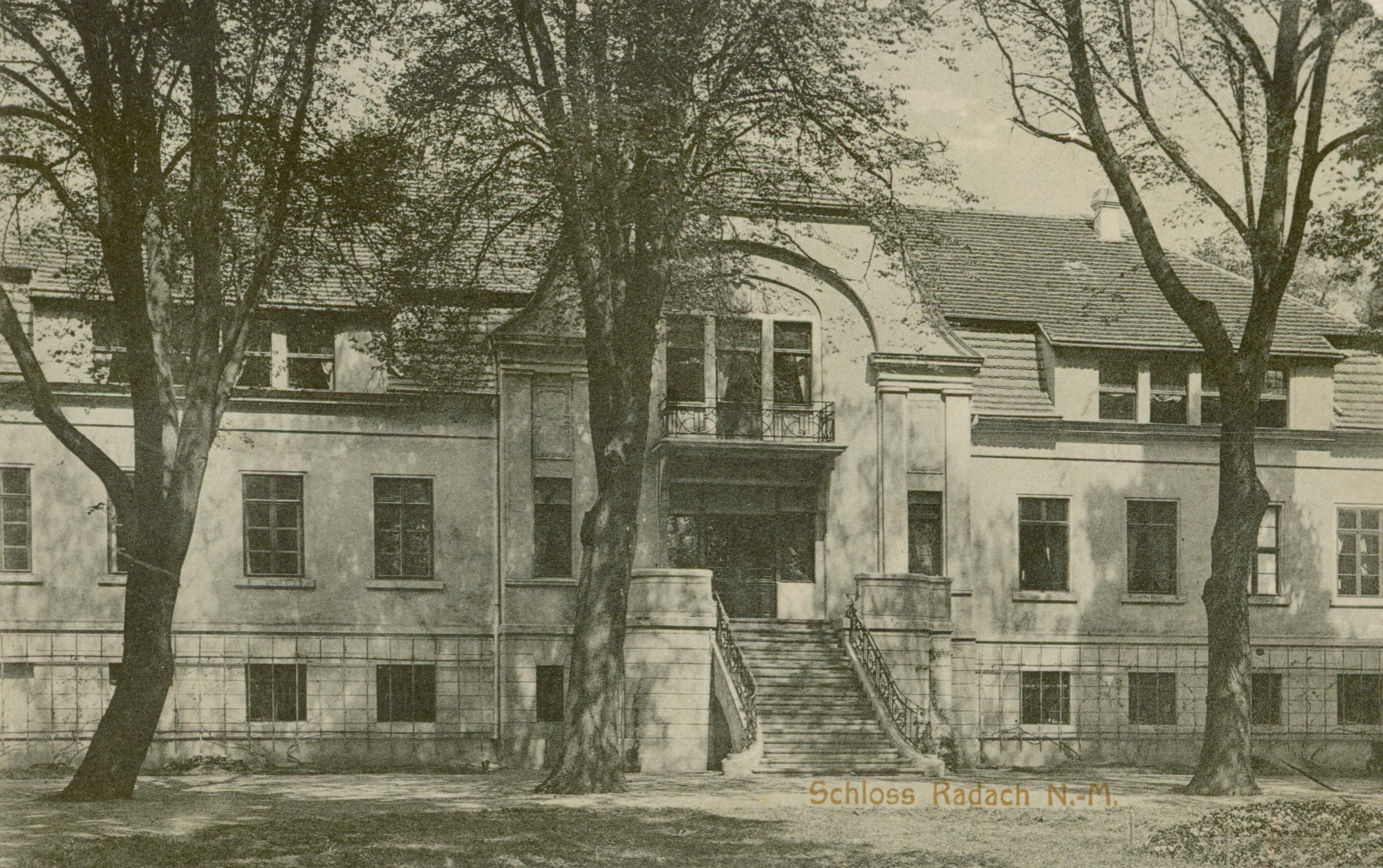 Radachów- pałac od frontu