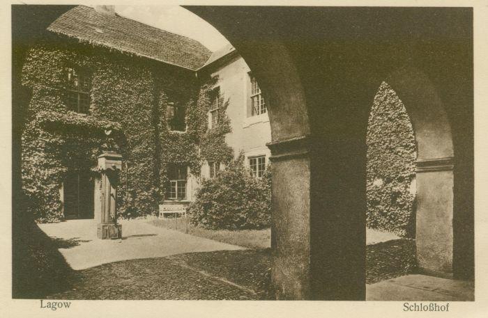 Łagow- dziedziniec zamkowy