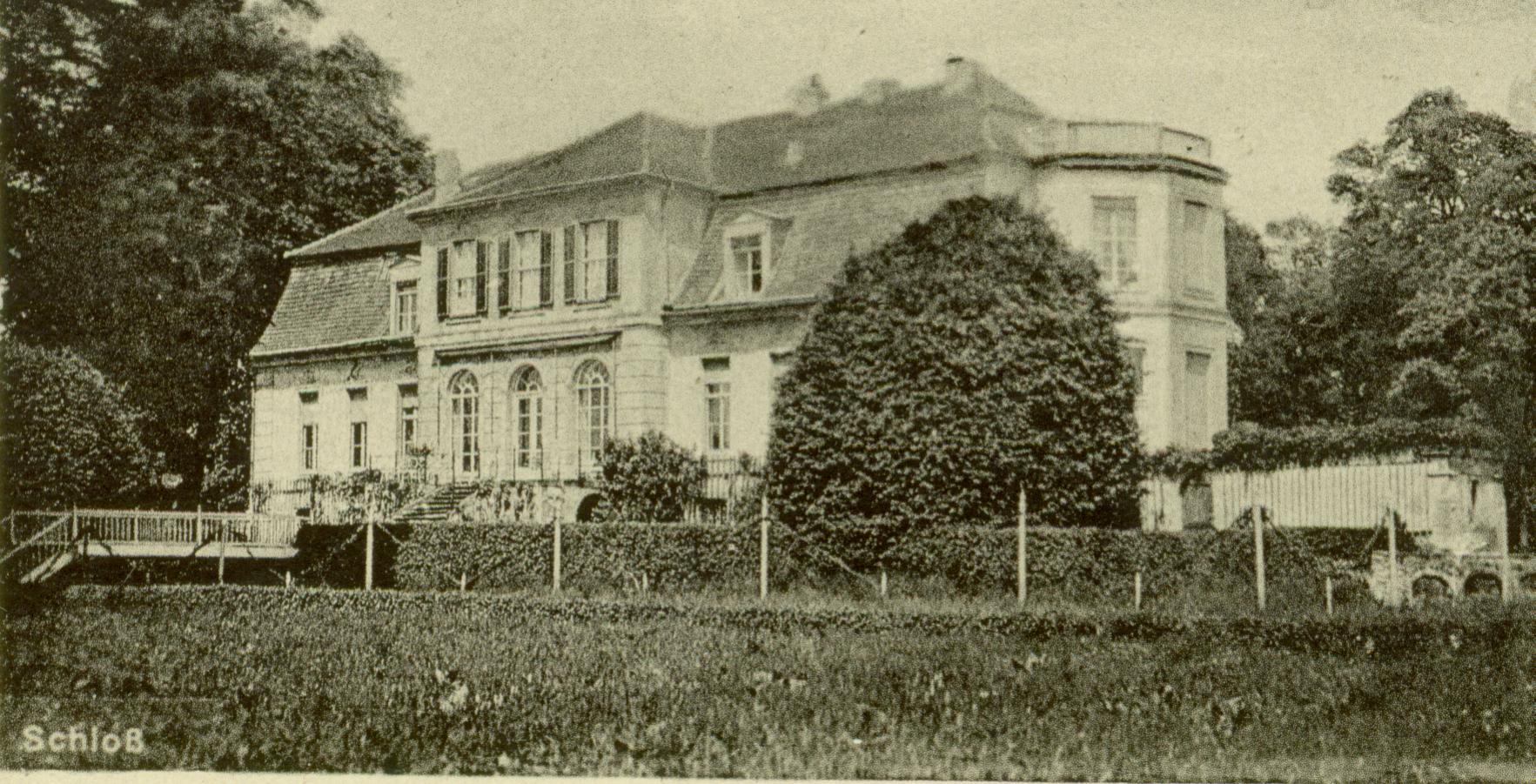 Trzebiechów pałac od strony parku