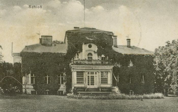 Zawisze- pałac