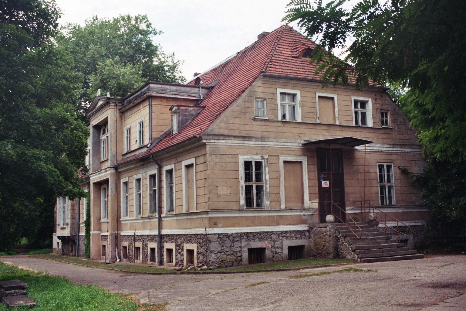 Barzkowice  (8)