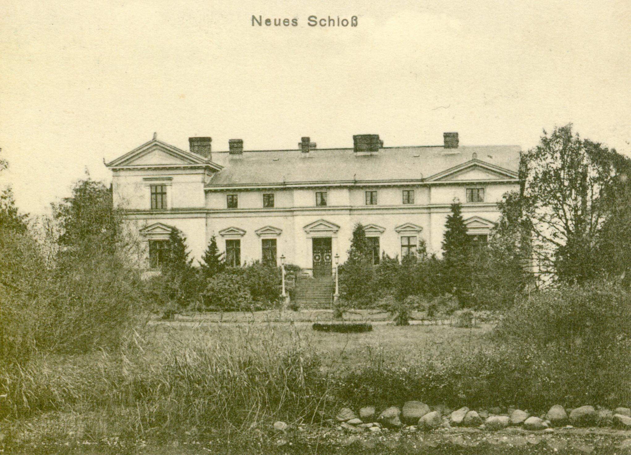 Brałęcin-pałac z widokiem na ogród