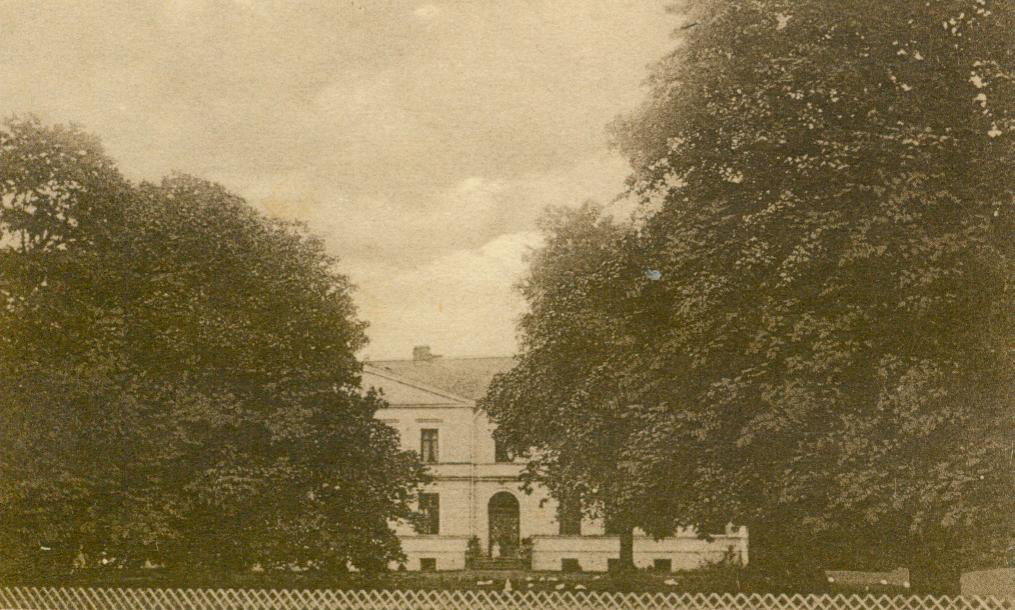 Klępczewo-pałac od frontu