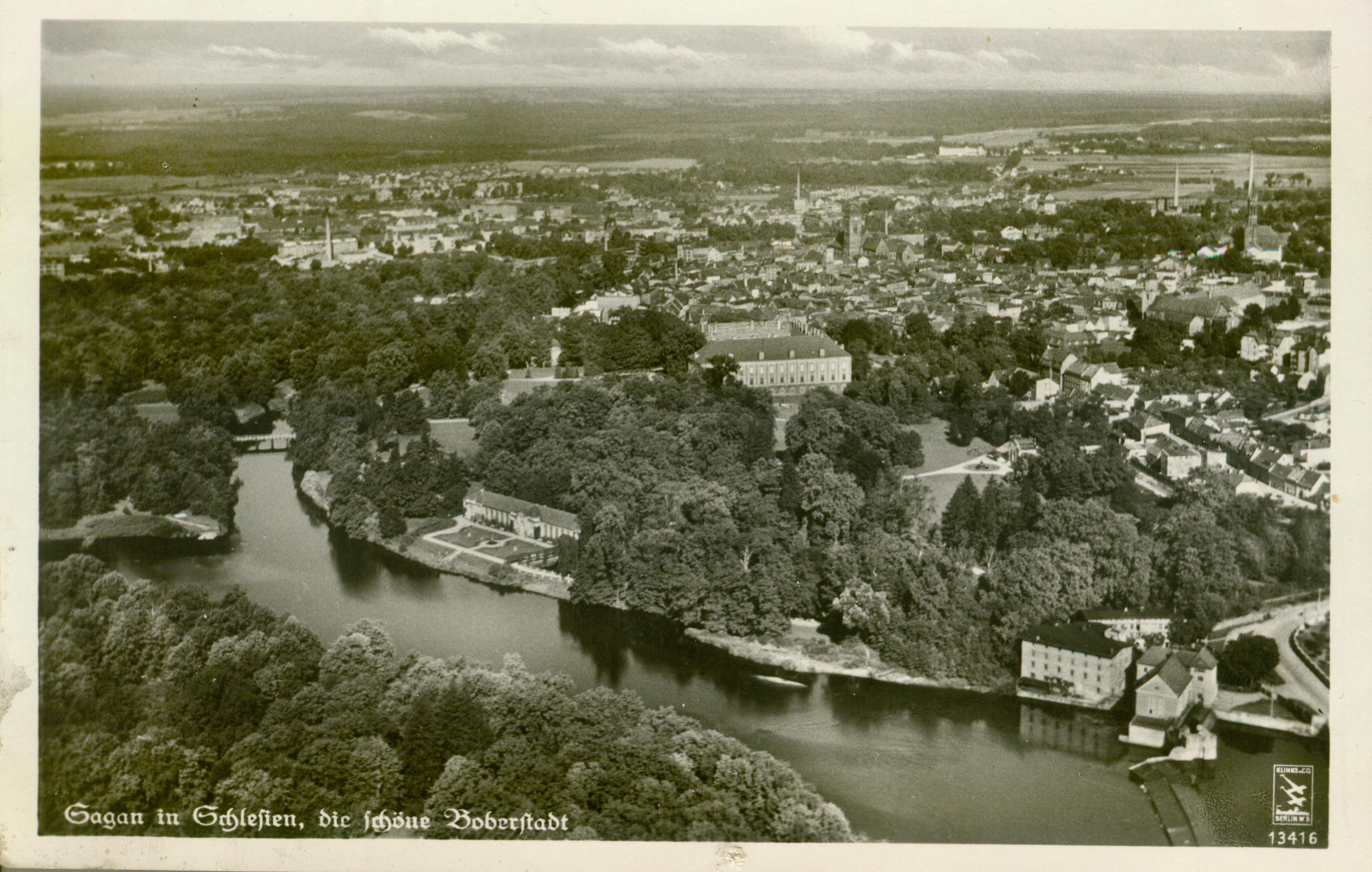 Żagań- widok pałacu i części miasta z lotu ptaka