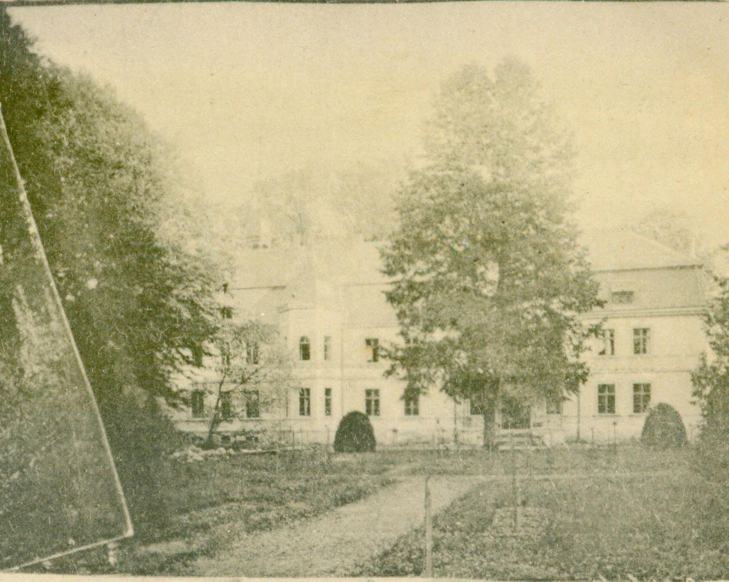 Bodzęcin pałac 1