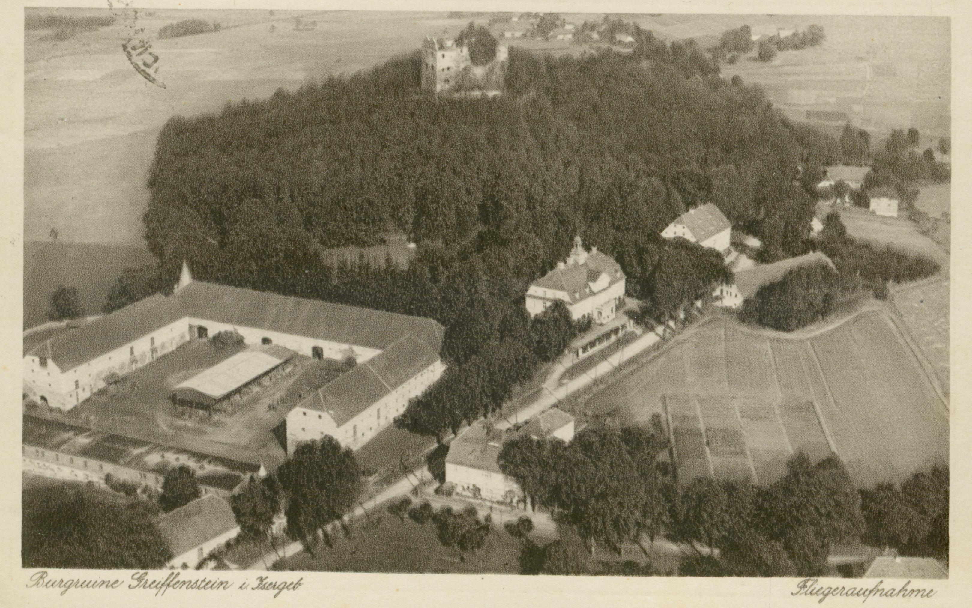 Gryfów Śląski- zamek z założeniem pałacowo-folwarcznym